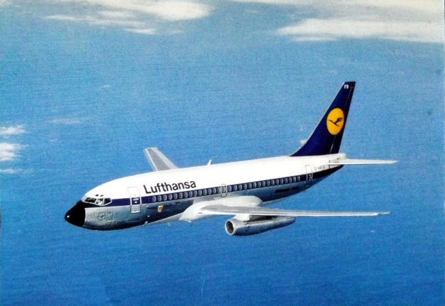 Picture of a Luftansa airplane flying