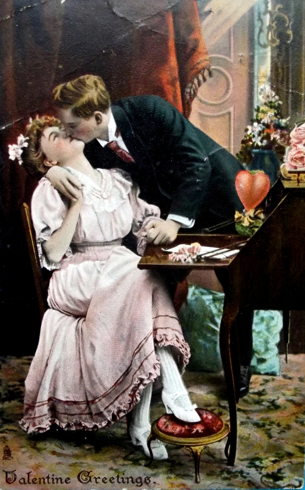 Old image of a couple kissing